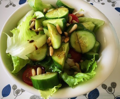 traditional green salad